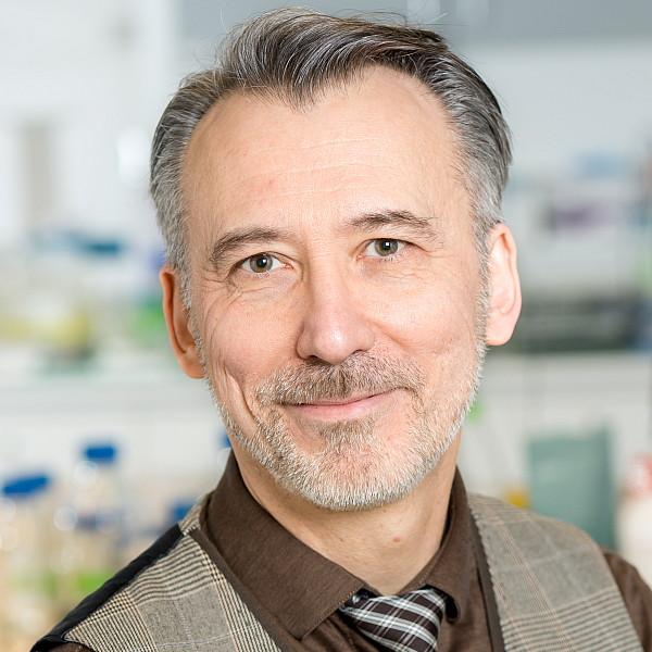 Dr Philippe Manivet